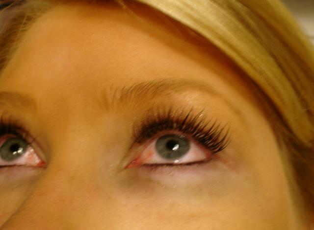 11-1-11_After_Lashes_other_side_view.JPG