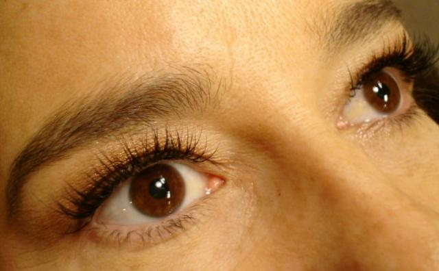 8-16-11_Lashes_after_side_view_2.JPG
